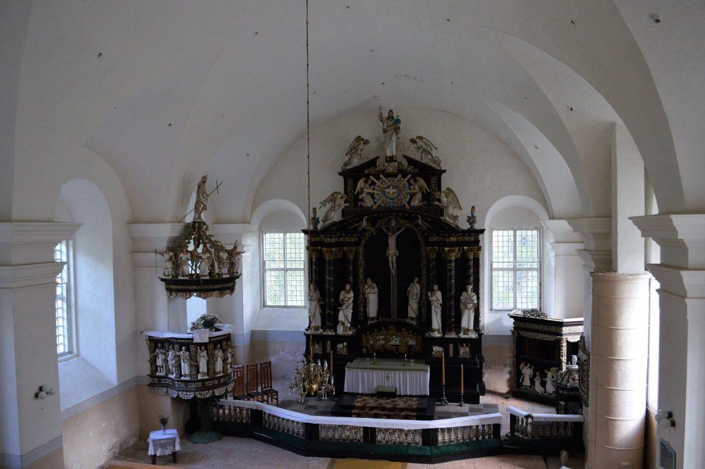 Subates baznīca